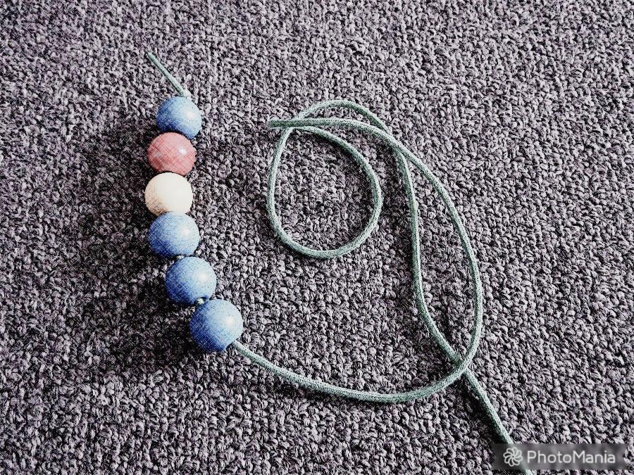 (4) Strings